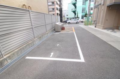 【駐車場】クロツヴィア桜塚