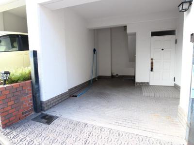 車庫・駐輪スペース
