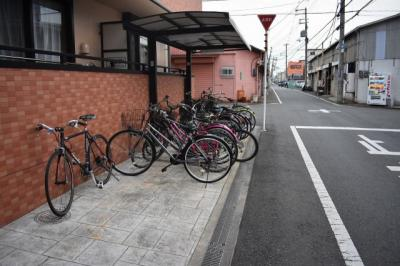 【駐車場】メルベーユ高井田