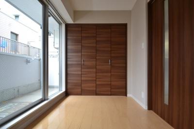 【寝室】カネヨシ六甲ビル