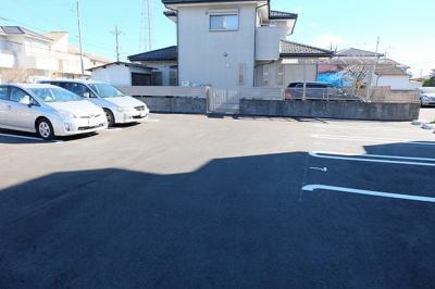 【駐車場】メゾンドプリュネ