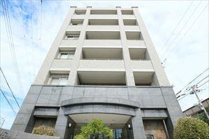 【現地写真】 RC造 6階建てマンション♪