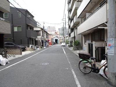 菅長ビル 建物前 静かな環境です!