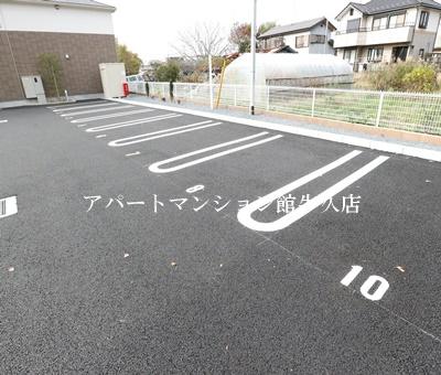 【駐車場】フレシール