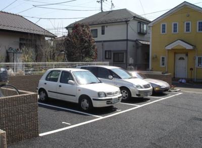 【駐車場】YKグリーンハイツ