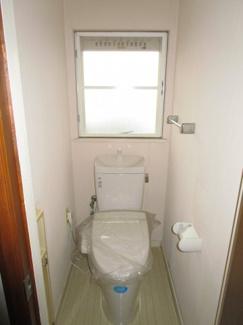 四街道市美しが丘 中古一戸建て 四街道駅 ウォシュレット付き1階トイレ