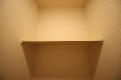 ★トイレ上部棚付き★