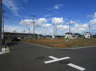 グランファミーロ八千代緑が丘 八千代緑が丘駅 みどりが丘小学校が徒歩7分とお子様に嬉しい距離♪交通量も少なめです!