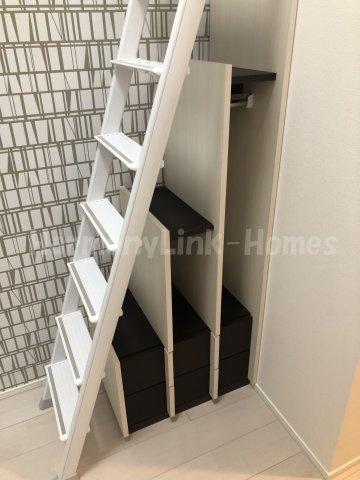 仮称)上池袋3丁目⑤Aコーポの収納付き梯子☆