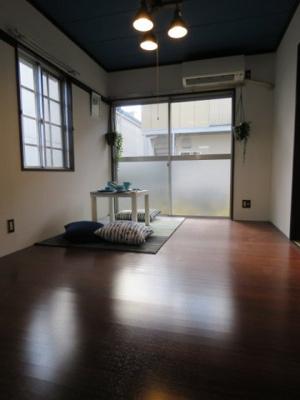 落ち着いた雰囲気の和室付きです