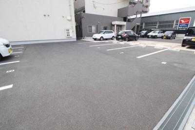 【駐車場】ユーティリティホームⅡ