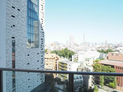 コンフォリア新宿イーストサイドタワーの展望です
