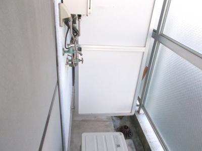洗濯置き場(室外)
