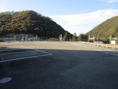 【駐車場】EAST 135.22
