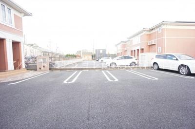 【駐車場】キャッスルアヴェニューB