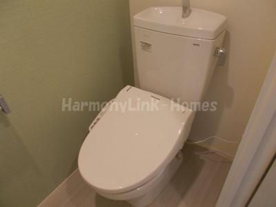 ハーモニーテラス赤羽志茂のシンプルで使いやすいトイレです