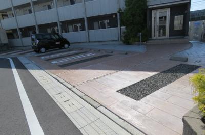 【駐車場】カーサ安倍川