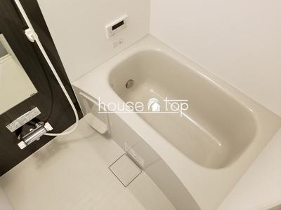 【浴室】リュクスシティー武庫川