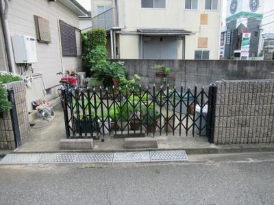 駐車スペースあります♪