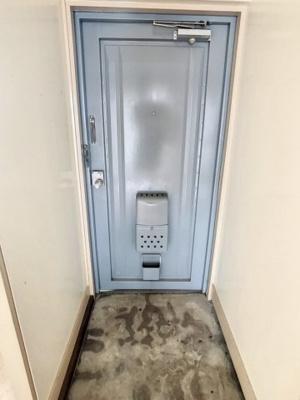 【玄関】バンクシアB棟