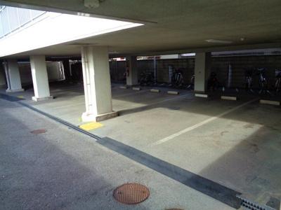 【駐車場】GRANPAL(グランパル)