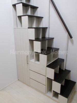 ハーモニーテラス赤羽北の収納付き階段☆