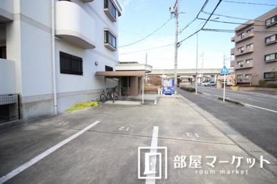 【駐車場】第2かつやビル