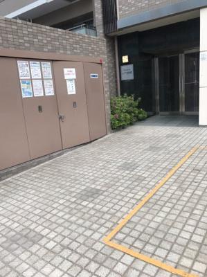 【エントランス】レジデア西本町