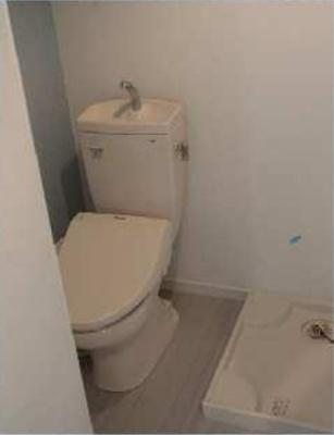 ゴッドフィールド西台の清潔感のあるトイレです☆