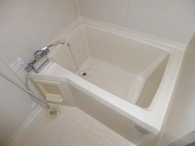 【浴室】サンライン川入A