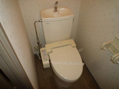 シャワー付きトイレ