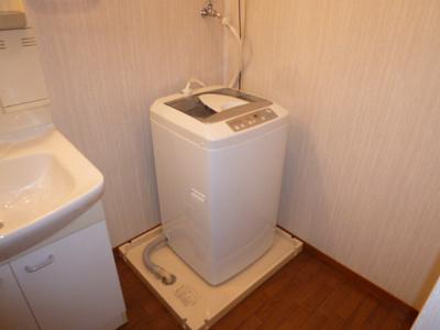 洗濯機置き場(洗濯機なしも可)