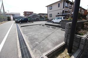 【駐車場】灰塚パークサイドビレッジ