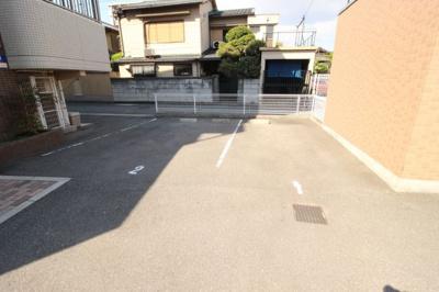 【駐車場】リバーサイド金岡六番館