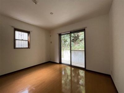 6.3畳 洋室