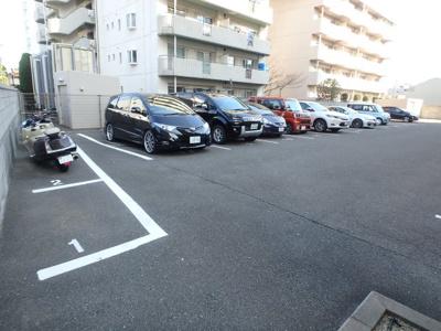 【駐車場】サンコーポラス小阪