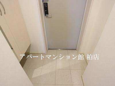 【エントランス】カスターニャ