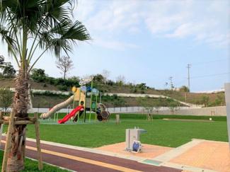 近くに新しい公園もあり、子育てしやすい環境です◎