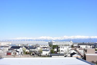 ※イメージ きれいな立山連峰が一望できます