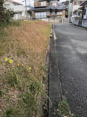【前面道路含む現地写真】【売地】新庄中学校区・56470