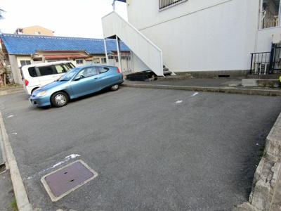 【駐車場】ハニータニガワ