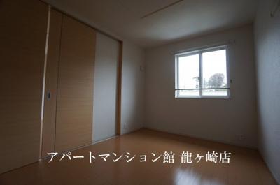 【寝室】サクラ