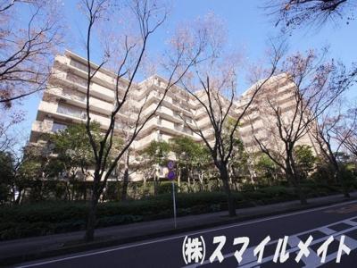 大規模分譲マンション・A棟からI棟まで9棟あります。