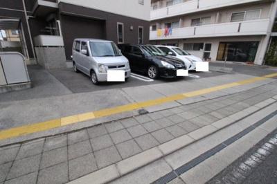【駐車場】シャーメゾン・ウェーブ