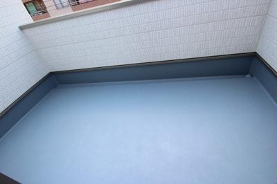【施工例】バルコニーの施工例です。 実際の物件はルーフバルコニー付でプール遊びやガーデニングもお楽しみいただけます♪