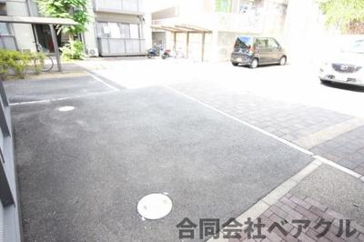 【駐車場】アトランティス醍醐