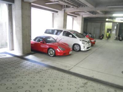 【駐車場】ミオ・パードレ