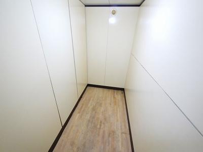 【内装】トランクルーム西大寺北