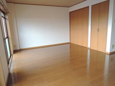 【洋室】ブロッサム氷室