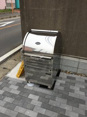 敷地内ゴミ捨て場付です